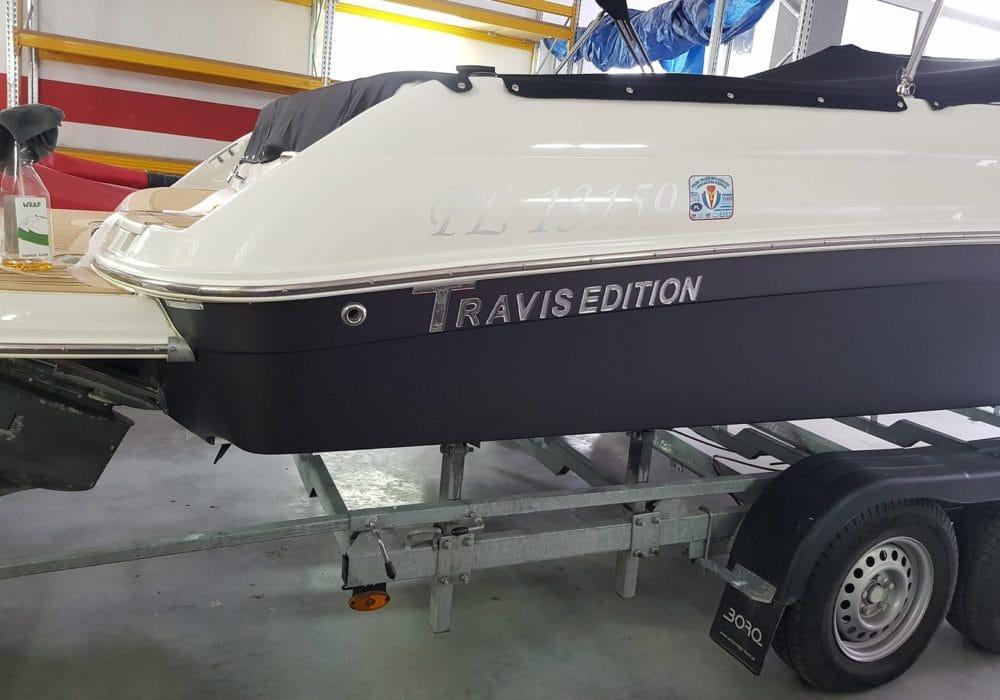 Napisy doming 3D na łodziach
